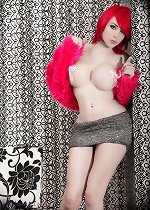 Glamorous TS Sarina strips and plays