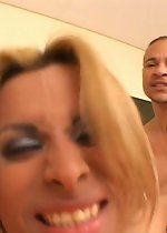 Shemales jacking off, black tranny